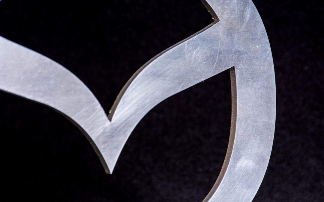 Corte Aluminio Detalle